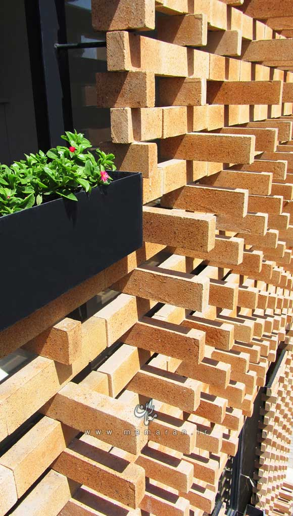 brick-pattern-house-by-alireza-mashhadimirza-05