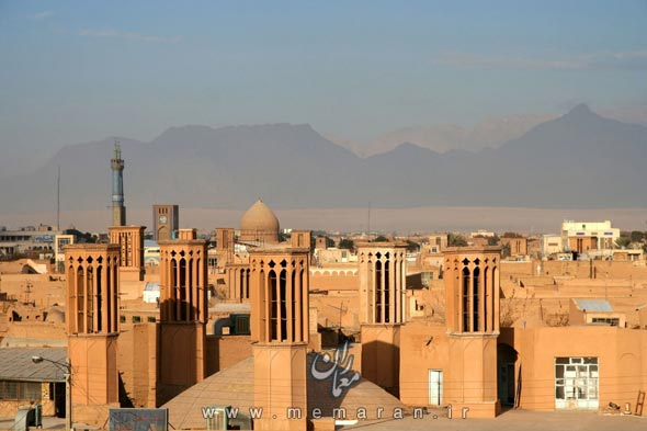 historic-city-of-yazd-iran-1600x1066